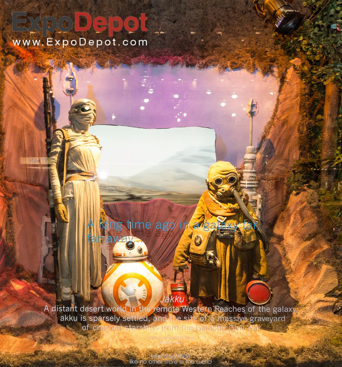 Bloomingdales - Star Wars display - Jakku Window